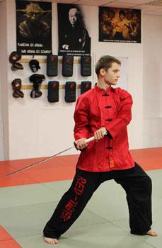 Kampfsportschule-Düsseldorf-Schwertkurs-Schwertkampf-Schwertkunst-Training