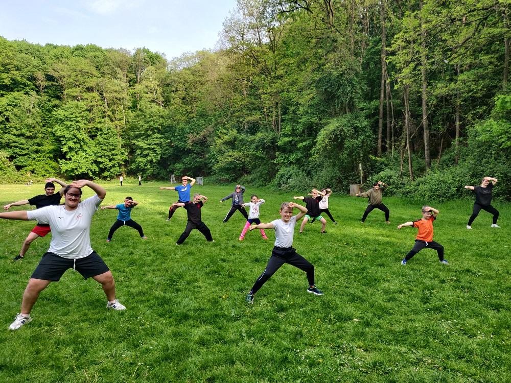 RTC Training auf der Wiese - Kung Fu